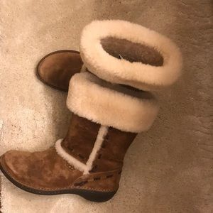 Uggs Australia suede boots